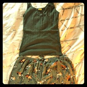 Cute shorts outfit olive green tank